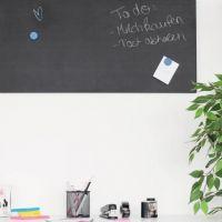 d-c-fix® Tafelfolie schwarz als Memoboard im Büro